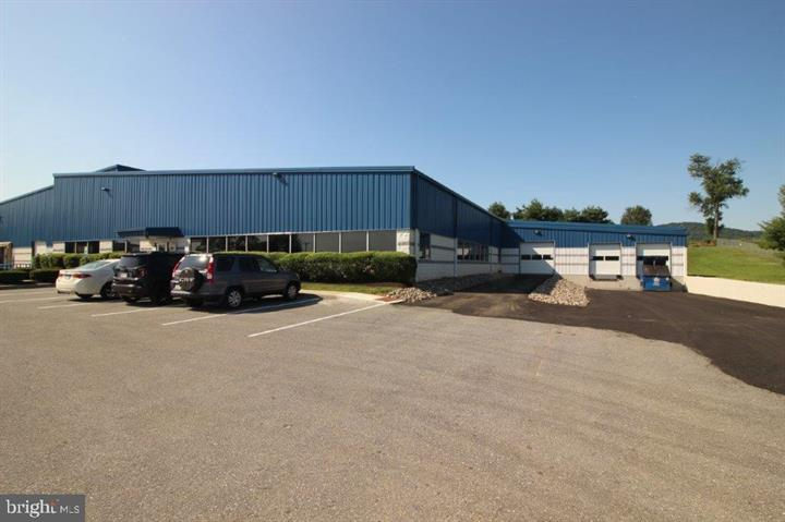 8 Corporate Boulevard is a warehouse available for lease in Sinking Spring PA. Contact Kent Wrobel to learn more.